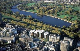 One Hyde Park, em Londres, Inglaterra. O apartamento mais caro do mundo foi avaliado em US$ 221 milhões, em 2011