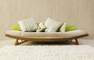 Texturas conferem charme à decoração unindo durabilidade, estética e bom custo. Efeitos podem ser usados tanto em ambientes internos quanto nas áreas externas. Na foto, aspecto de madeira