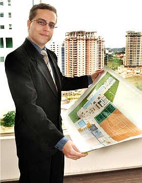 Thiago Gon�alves diz que Conartes monta um apartamento decorado como modelo (Eduardo Almeida/RA Studio)