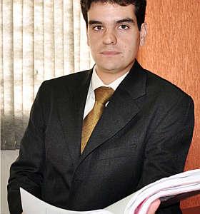 L�cio Delfino alerta consumidor para conferir itens como idoneidade da construtora (Eduardo Almeida/RA Studio)