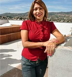 Regina Célia Avelar vai mudar de apartamento, mas não sairá do bairro em que sempre morou (Eduardo Almeida/RA Studio)