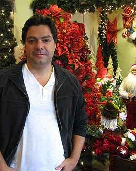 Alexandre Maia diz que trabalha com o Natal durante todo o ano (Joana Gontijo/Portal Uai/D.A Press)