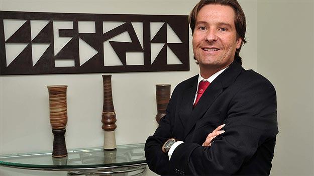Especialista em direito civil e comercial, Marcos Campos Resende recomenda ficar atento às taxas cobradas pelas instituições financeiras ( Eduardo Almeida/RA Studio)