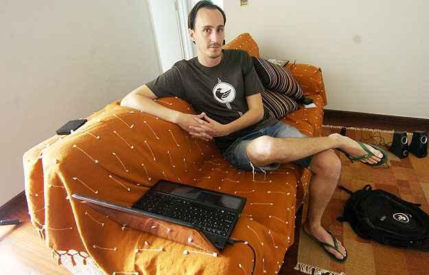 O espanhol Pablo Pita da Veiga alugou um apartamento no Centro de BH (Cristina Horta/EM/D.A Press)
