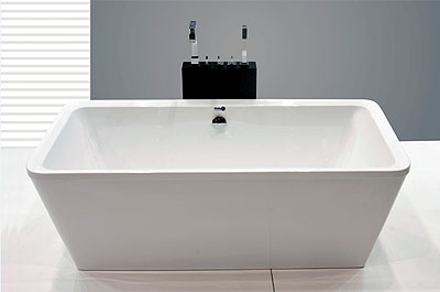 Banheira Atrium: 180 x 95 x 72 cm / Preço: R$ 12.000 - Divulgação