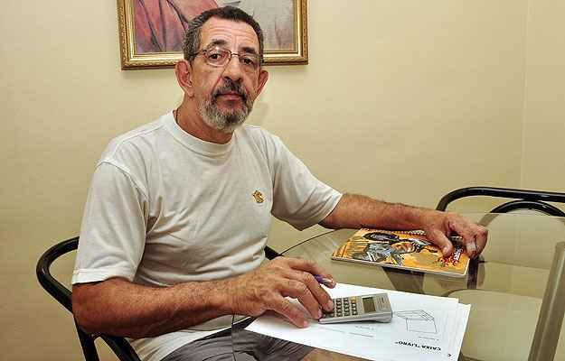 O fresador Carlos Moraes mudou de apartamento recentemente, para fugir do reajuste de mais de 10% (Eduardo Almeida/RA Studio)