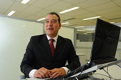 Gerente regional da Caixa, Flávio Faria Felicíssimo diz que os bancos oferecem prazos elásticos e juros menores (Euler Júnior/EM/D.A Press)