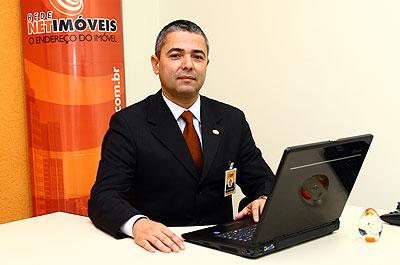 Presidente da célula Belo Horizonte da Rede Netimóveis, José De Filippo Neto lembra que o cliente local gosta de transparência (Maurício Vieira/Divulgação)