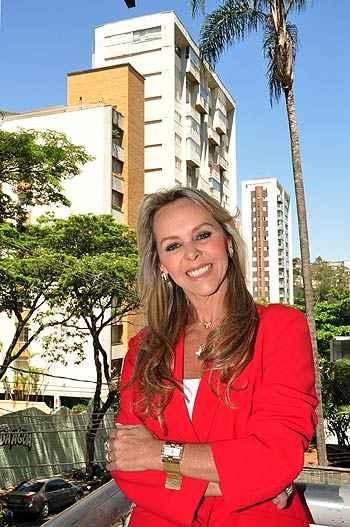 Mirian Dayrell, sócia de imobiliária que leva seu nome, diz que metade da  sua equipe é formada por mulheres - Eduardo Almeida/RA Studio
