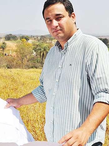 José Renato Araújo, diretor comercial do EcoVillas Vale Verde, aconselha verificar a facilidade de acesso antes de adquirir o imóvel  (Eduardo de Almeida/RA Studio)
