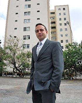O advogado Guilherme Gonçalves diz que cabe às convenções de condomínio ou ao regimento interno definir o limite de gastos para a aquisição de materiais do prédio (Eduardo de Almeida/RA Studio)