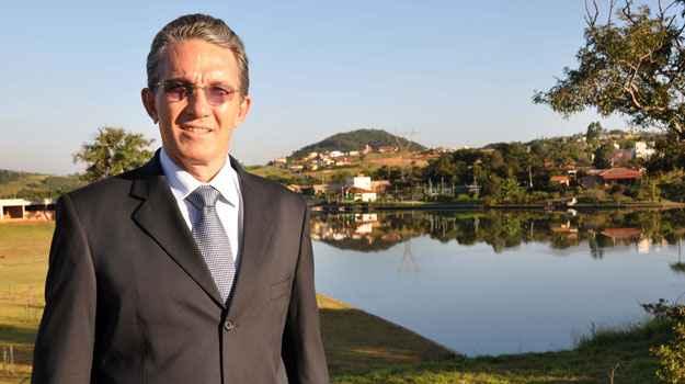 Dono da Ariane Im�veis, Ant�nio Carvalho Mota diz que 80% dos lotes do Condom�nio Aldeias do Lago j�aforam comercializadas  (Eduardo de Almeida/RA Studio)