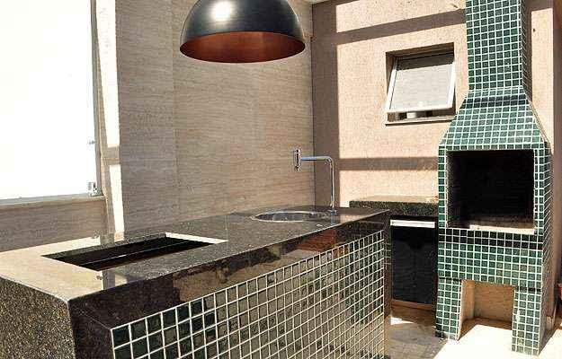 Churrasqueira e espaço gourmet ainda em construção: outra possibilidade de melhoria (Eduardo de Almeida/RA Studio)