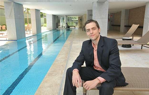 Thiago Xavier, gerente de Marketing da Conartes, diz que os projetos de alto padrão são definidos com todas as possibilidades (Marcos Michelin/EM/D.A Press)