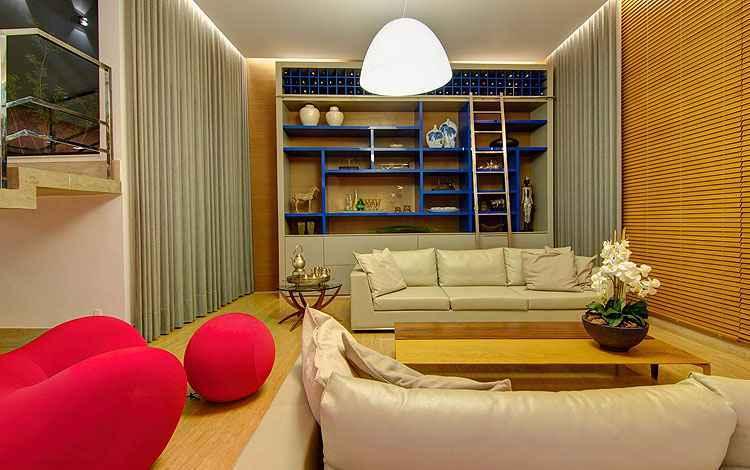 Escadas agregam funcionalidade e estética aos ambientes; veja como usar