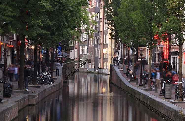 A ponte será construída na região central de Amsterdã - Joris Laarman/MX3D/Divulgação