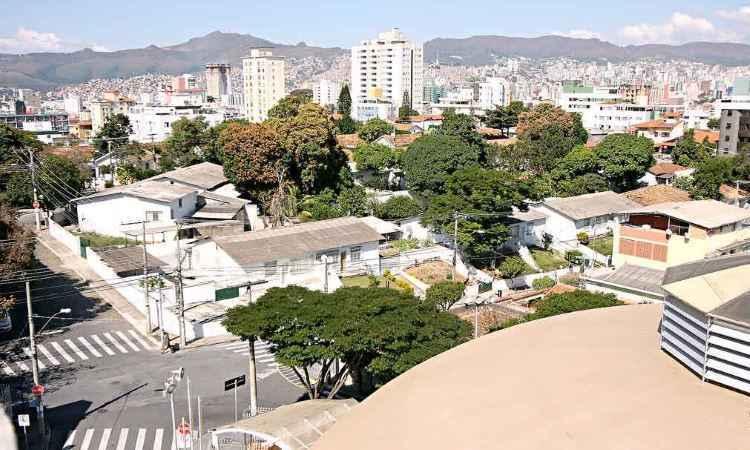 Bairros da Gra�a, Calafate e Minas Brasil, em BH, ainda guardam o clima buc�lico do interior