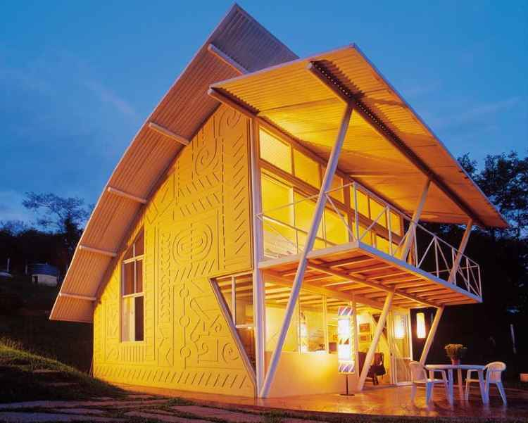 Casa Eug�nia, em Lagoa Santa, se destaca pela simplicidade e integra��o � natureza