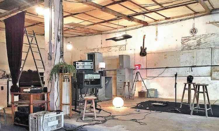 ...e depois, quando virou um descolado estúdio de gravação - Halp Home Contorno/Divulgação