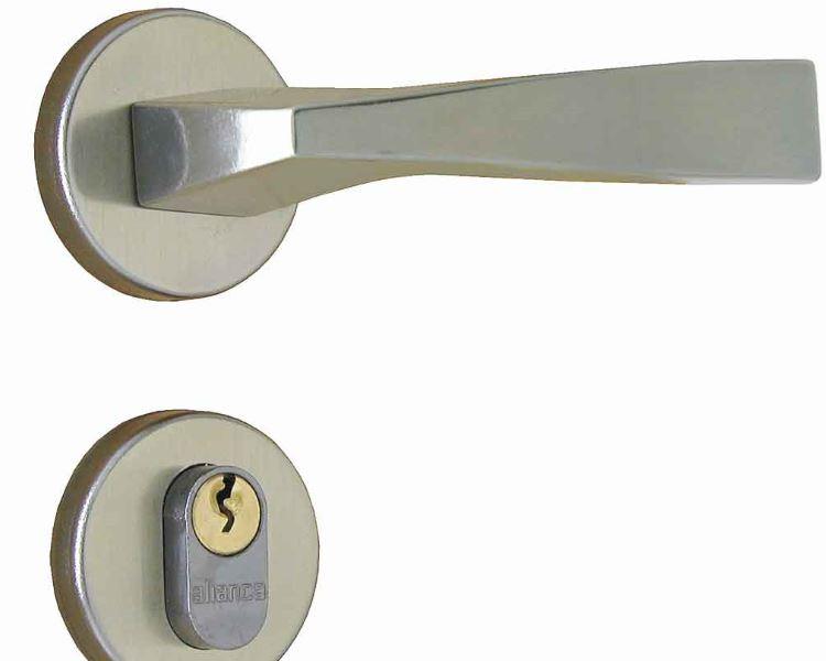 Manutenção preventiva evita aborrecimentos com fechaduras; confira!