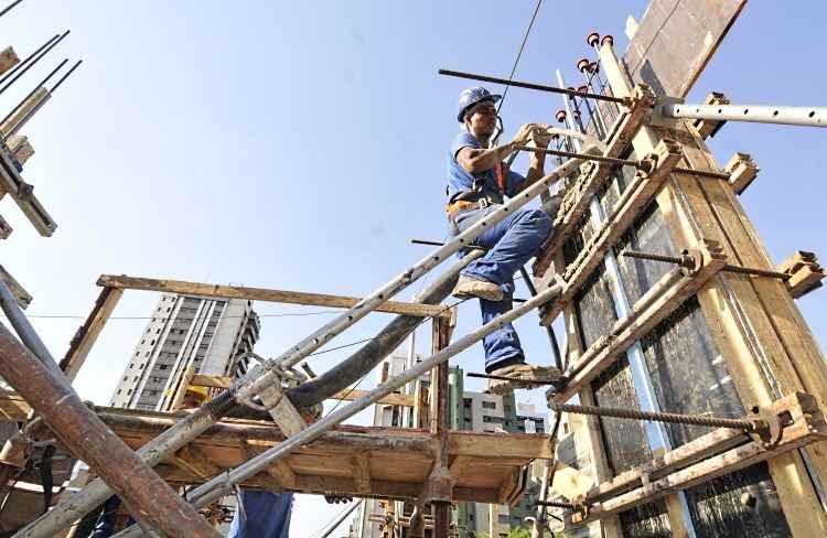 Entidades lançam escola para qualificar jovens e adultos para atuar na construção civil