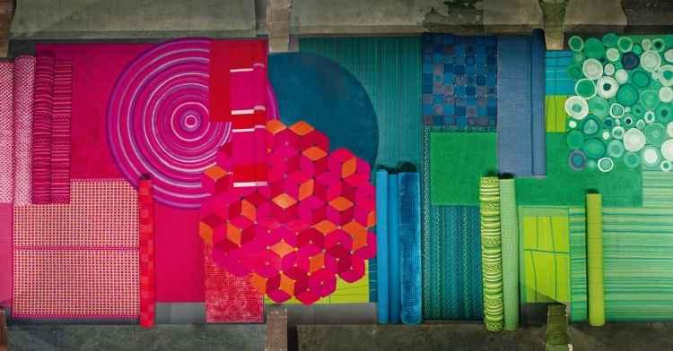 Tapetes Paola Lenti: as cores vivas sugerem espaços com forte personalidade - Giz Brasil/Divulgação