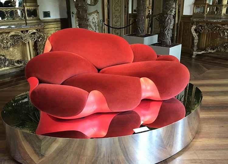 Sofá Bomboca, dos Irmãos Campana, que estavam presentes com sua coleção Objets Nomades da Louis Vuitton - Design Boom/Divulgação