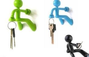 Uso de peças descontraídas na decoração tem sido tendência entre moradores que buscam personalizar a casa. De enfeites a obras de arte, lojas oferecem produtos para todos os bolsos. Na foto, objeto da Garimpo do Zé