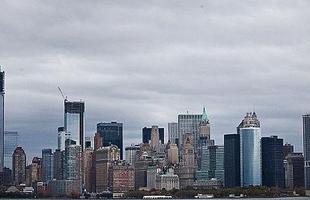 As paisagens de Nova York, como o Rockefeller Building e outros prédios também foram copiados