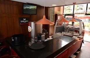 Kombi ano 1973 é o principal destaque de lanchonete gourmet em Nova Lima (Foto: Thiago Ventura/EM/D.A Press)