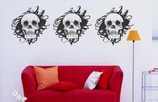 O ícone do rock perdeu o significado mórbido - as caveiras podem decorar a casa de forma criativa e descontraída