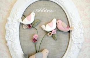 O charme e o colorido dos pássaros na decoração transmitem sensação de liberdade aos ambientes. Peças podem criar desde ambientes provençais a espaços clássicos em casa