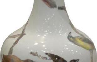 Feira de alta decoração revela produtos de requinte em São Paulo. Pequenas inovações, mas em quantidade, injetam novo ânimo no universo da decoração brasileira. A 16ª edição da Abimad encheu os olhos dos visitantes. Na foto, produto da Nusa Dua