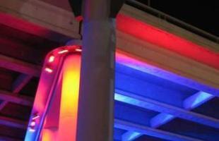 Em 'Light Towers', as cores iluminam torres também em San Antonio, no Texas
