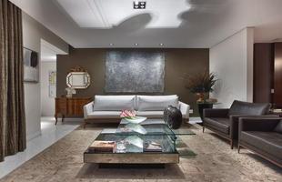 Cômoda sai do quarto e invade o resto do lar, funcional e decorativa. Móvel típico dos dormitórios, ela foi parar nas áreas sociais da casa com o passar dos anos