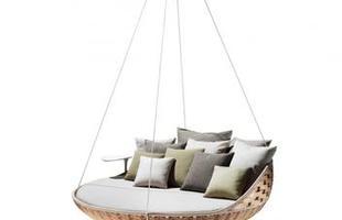 Sofá que pode ser pendurado ao ar livre é muito relaxante e convida ao descanso. Estrutura suspensa economiza espaço e cria uma agradável sensação de estar flutuando enquanto se repousa
