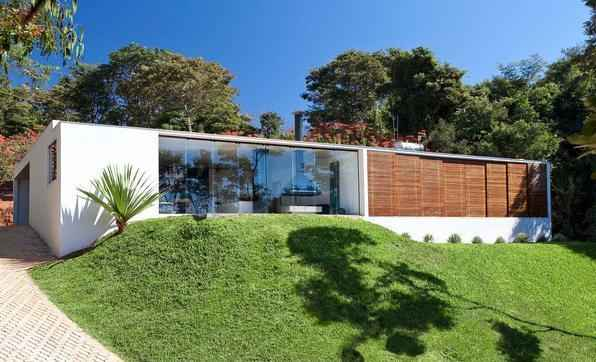 Projeto da arquiteta Estela Neto. Residencia Águas Claras