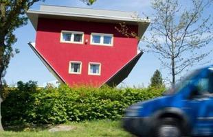 Casa ao contrário em Putbus, Alemanha