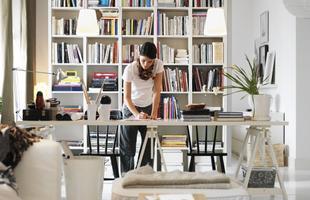 Cavaletes são versáteis e trazem pluralidade ao espaço com charme e bom humor. Solução barata, são sinônimos de estilo e podem estar presentes em todos os ambientes