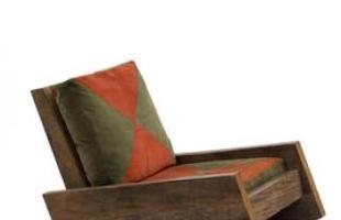 Desde as tradicionais, de palhinha, até as mais modernas, cadeiras de balanço atravessam gerações e até ganham releituras sem perder a função de dar afeto e aconchego à decoração. Na foto, poltrona Astúrias, do designer Carlos Motta