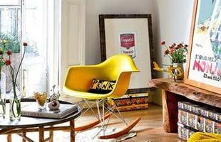 Desde as tradicionais, de palhinha, até as mais modernas, cadeiras de balanço atravessam gerações e até ganham releituras sem perder a função de dar afeto e aconchego à decoração