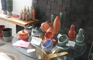 Circuito DMAIS movimenta BH e inspira a pensar e conhecer o design. Na foto, exposição da Hara Cerâmica, de Rachel Rabello, na Bel Lar Exclusive