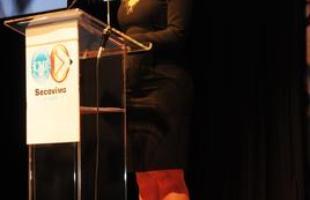 Empresas do setor imobiliário são premiadas por estratégias eficientes de comunicação. Na foto, solenidade de entrega do troféu dos vencedores do Prêmio Edison Zenóbio de Comunicação Imobiliária, que aconteceu em novembro de 2014