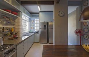 Projeto da arquiteta Marina Dubal mantém estilo de casa da década de 40,  mas acrescenta elementos e funcionalidade contemporâneos