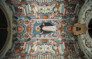 Forro da Capela-mor da Igreja Matriz de São Gonçalo, em São Gonçalo do Rio das Pedras, no Serro. Pintura atribuída à escola do Guarda-mor José Soares de Araújo, do século 18