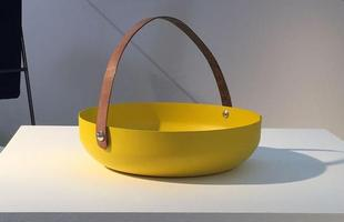 Cesto de pão NDT, design Ricardo Rodrigues para a NDT Design, na mostra Be Brasil