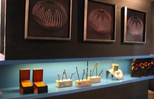 Ateliê do Designer de Joias, de Roseli Tupinambá e Paulo Armando