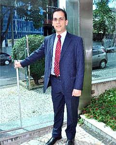Ricardo Cunningham alerta que monitoramento não pode invadir a unidade privativa de cada condômino (Eduardo Almeida/RA Studio)