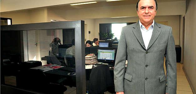 Conselheiro do Creci-Minas, Cinézio Pereira recomenda as buscas nos classificados para encontrar usados com mais facilidade (Eduardo Almeida/RA Studio)