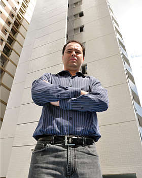 Diretor-financeiro da Prisbel, Luciano Muniz observa que iluminação e ventilação natural conferem mais valor e liquidez ao imóvel (Eduardo Almeida/RA Studio)